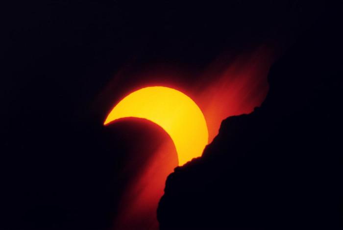 Eclissi solare parziale 31/05/03