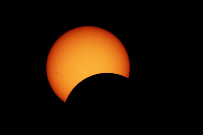 Eclissi solare parziale 29/03/06
